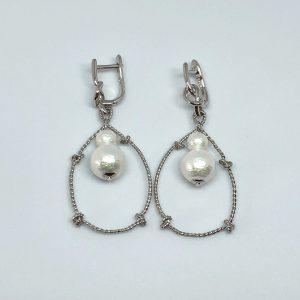 Silver knots earrings